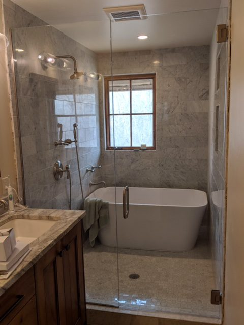 shower and mirrors 4